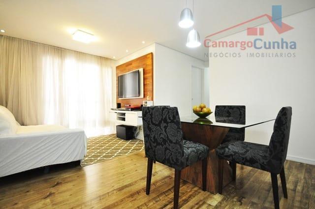 PORTEIRA FECHADA!!! Apartamento com 70 metros, 03 dormitórios sendo 01 suíte e 01 vaga.