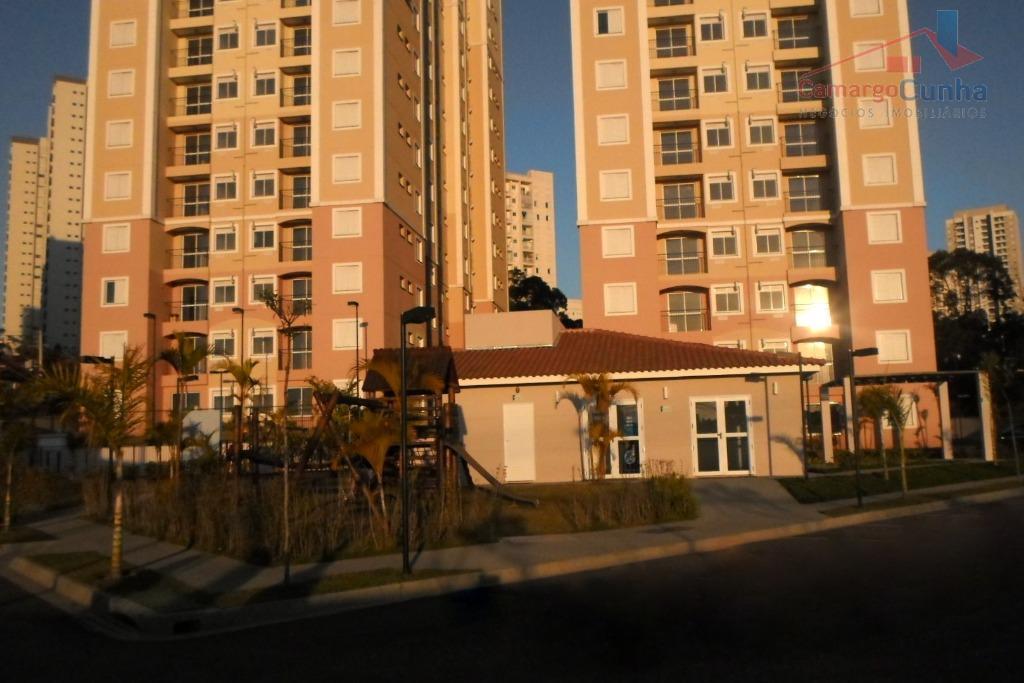 Apartamento com 55 metros, 2 dormitórios sendo uma suíte e 1 vaga.