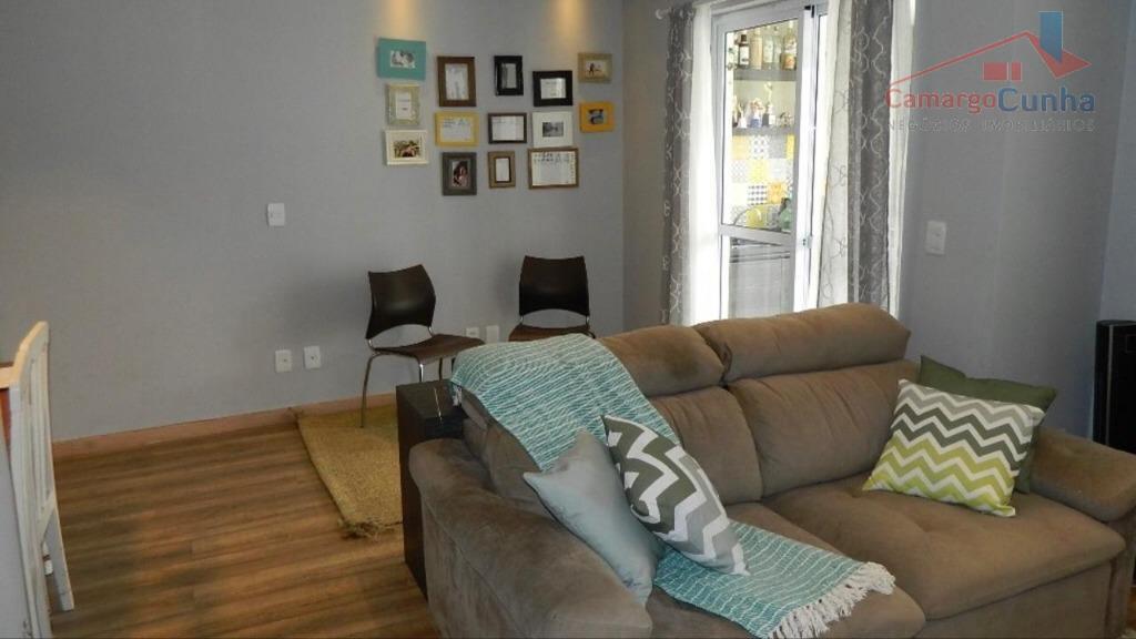 apartamento com 73 m², possui 2 dormitórios sendo 1 suíte e 2 vagas de garagem, sala...