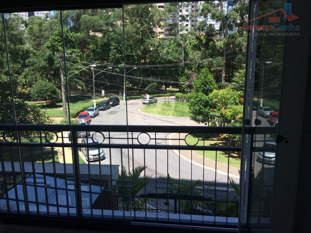 Apartamento bem localizado com 38 metros, 1 dormitórios e 1 vaga