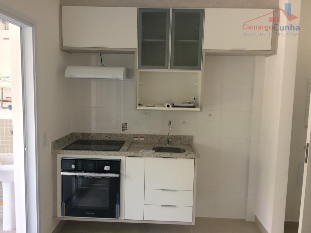 apartamento com 38 m², possui 1 dormitórios 1 vaga de garagem, sala com dois ambientes, varanda...