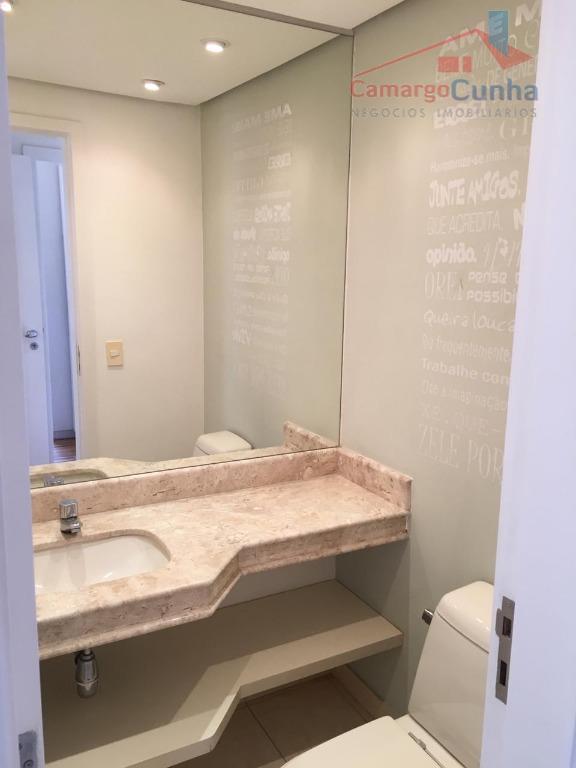 apartamento com 110 m², possui 3 dormitórios e 2 vagas de garagem, sala com dois ambientes,...