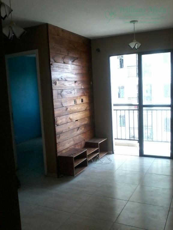 Apartamento residencial para locação, com 2 dormitórios, sala, cozinha planejada. Portal dos Gramados, Guarulhos.