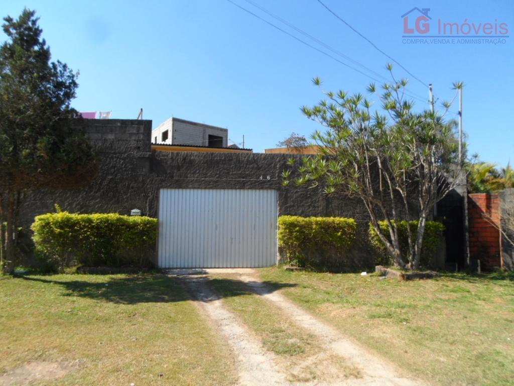 Casa Térrea, amplo terreno em Cotia!!!