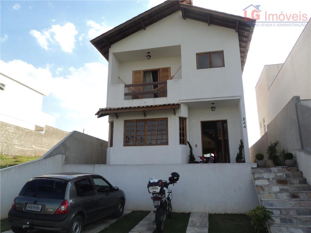Casa residencial à venda, em condomínio!!