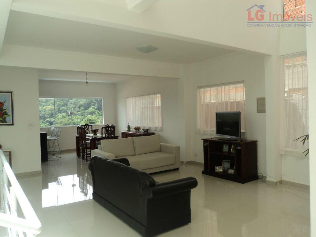 Casa residencial à venda, Condomínio Parque das Rosas II, Cotia.