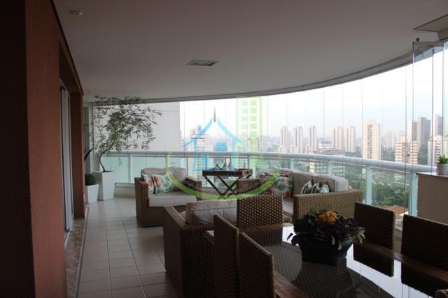 excelente apartamento com 04 dormitórios, 02 suíte, 05 banheiros,rico em armários , alto padrão, varanda gourmet...
