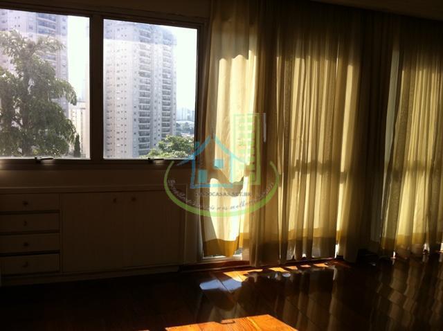 Apartamento de 4 dormitórios em Jardim Itapeva, São Paulo - SP