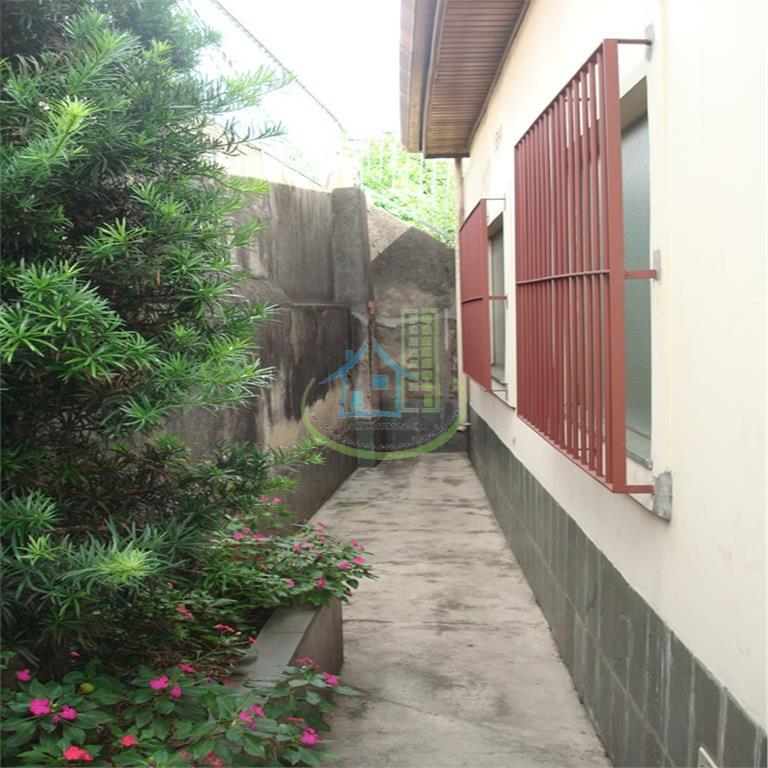 Casa de 4 dormitórios à venda em Vila Emir, São Paulo - SP