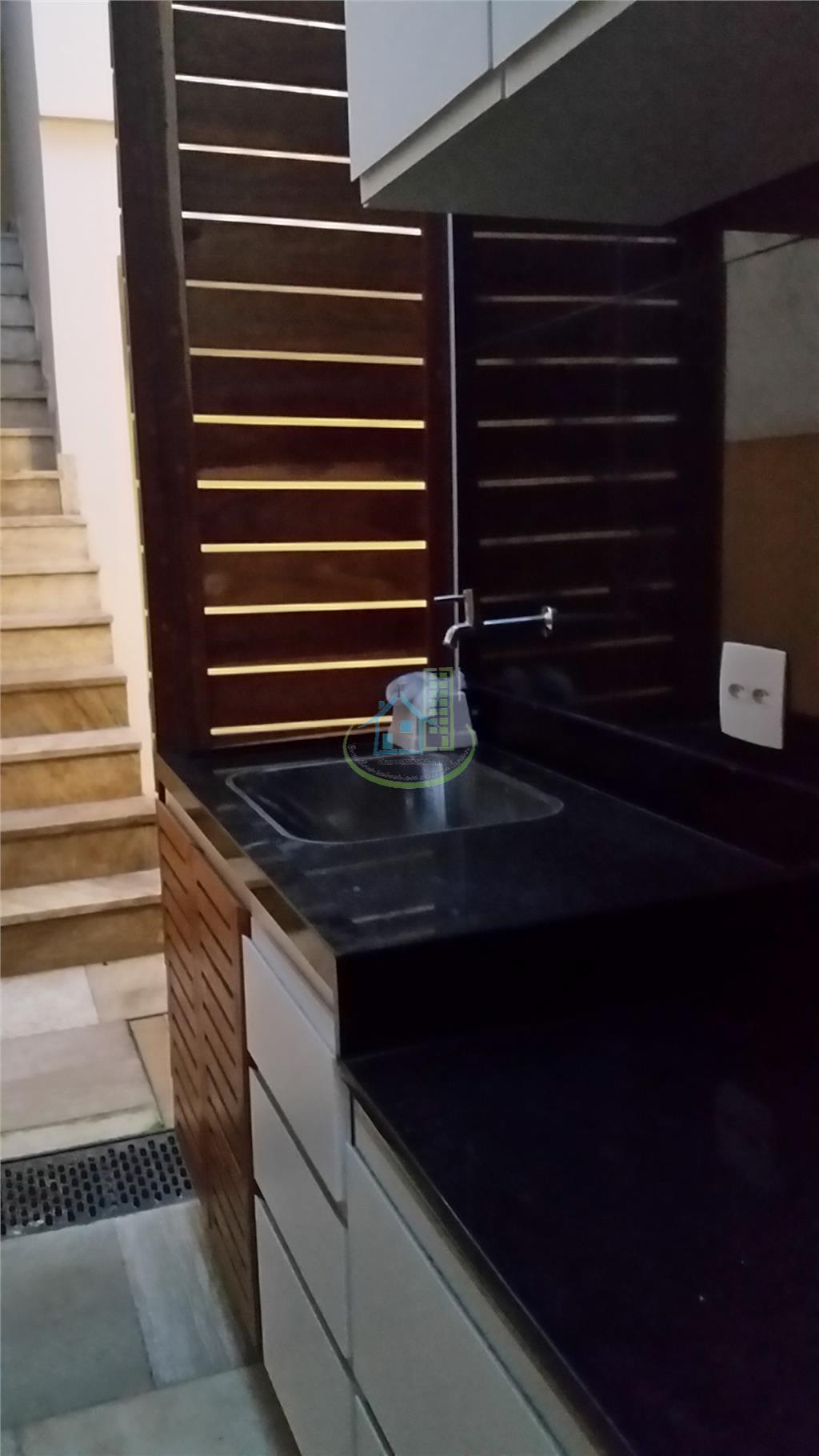 Sobrado de 3 dormitórios à venda em Vila Agueda, São Paulo - SP
