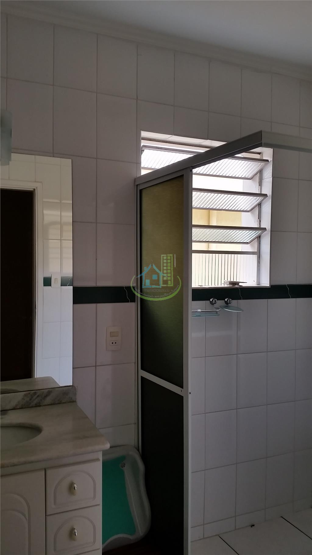 Casa de 3 dormitórios em Jardim Los Angeles, São Paulo - SP
