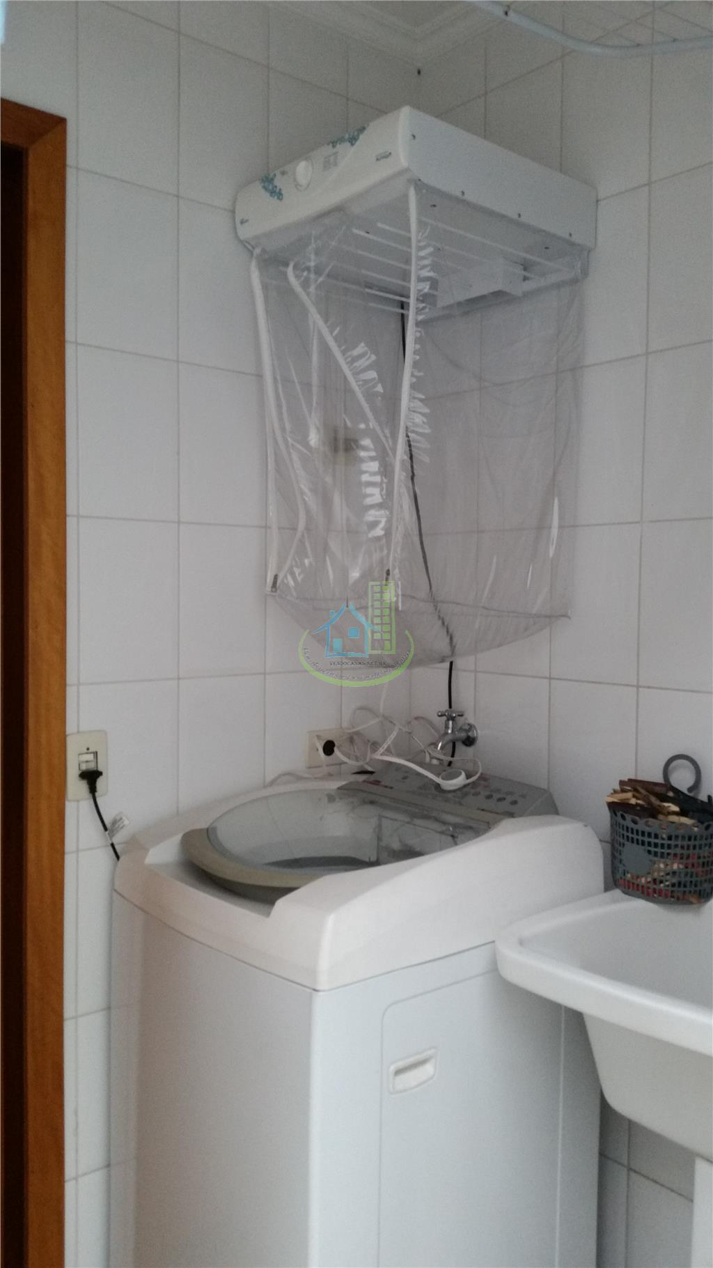 Sobrado de 3 dormitórios em Vila Anhangüera, São Paulo - SP