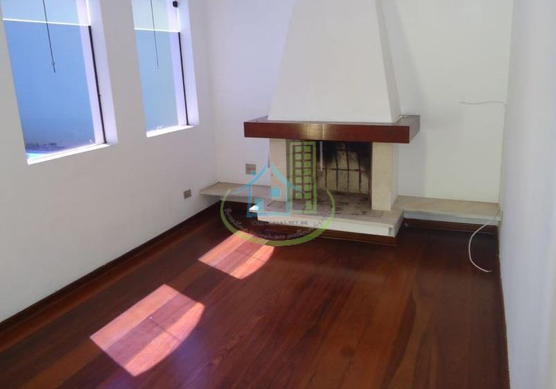 Sobrado de 4 dormitórios à venda em Campo Grande, São Paulo - SP