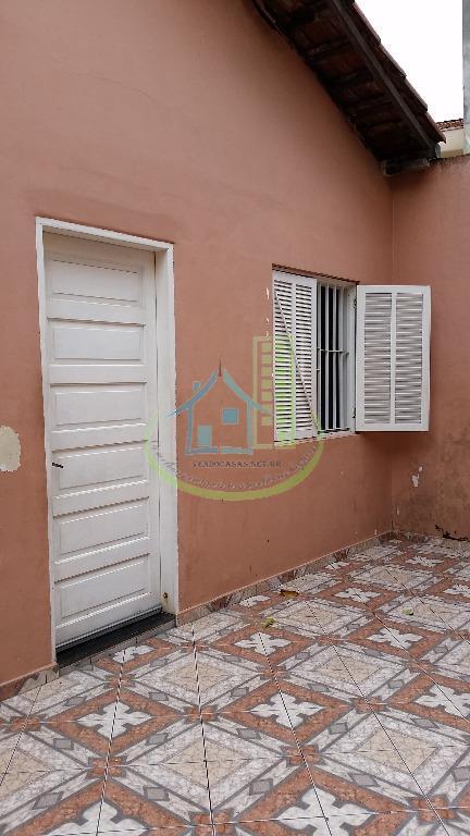 Casa de 2 dormitórios em Vila Arriete, São Paulo - SP