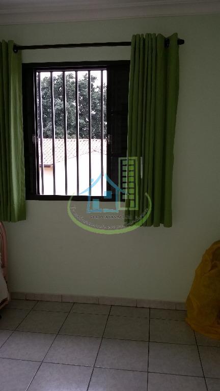 Casa de 3 dormitórios em Vila Campo Grande, São Paulo - SP