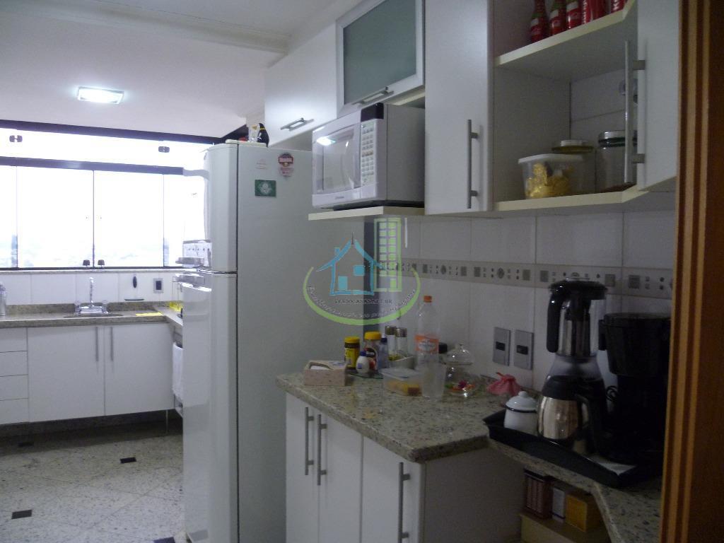 Apartamento de 2 dormitórios em Vila Mascote, São Paulo - SP