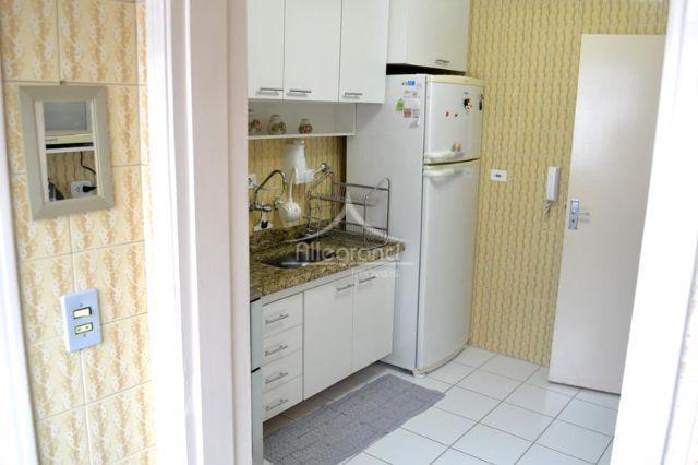 apartamento em ótima localizaçãosala 2 ambientes 2 dormitorioscozinhaárea de serviço2 banheiros 1 vaga
