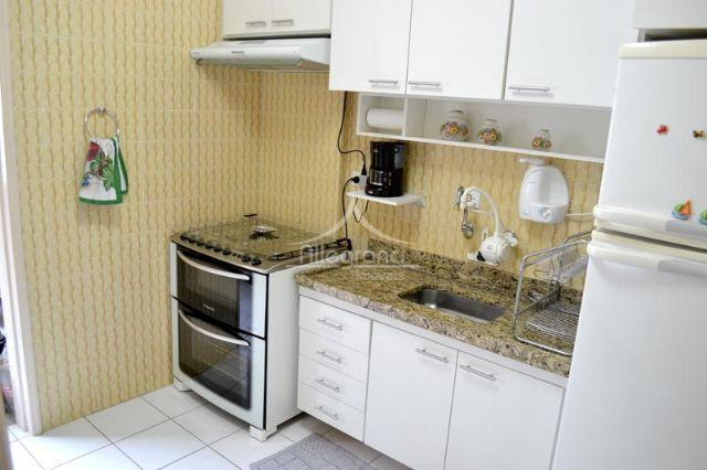 apartamento em ótima localizaçãosala 2 ambientes 2 dormitorioscozinhaárea de serviço2 banheiros 1 vagaiptu isento