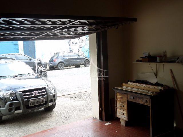 casa térrea sala 2 ambientes,3 dormitórios1 banheirocozinha1 vaga cobertaquintal edícula +banheiro