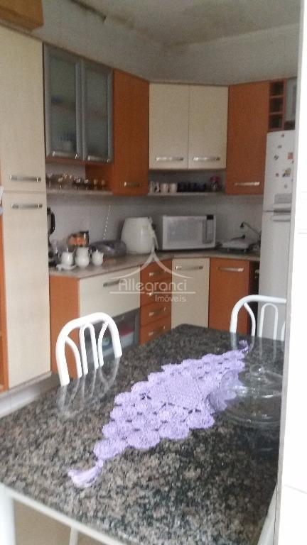 sobrado à vendasala com jardim de inverno1 lavabocozinha2 dormitórios1 banheiroterraço com churrasqueira e lavanderia1 vagatodo reformado