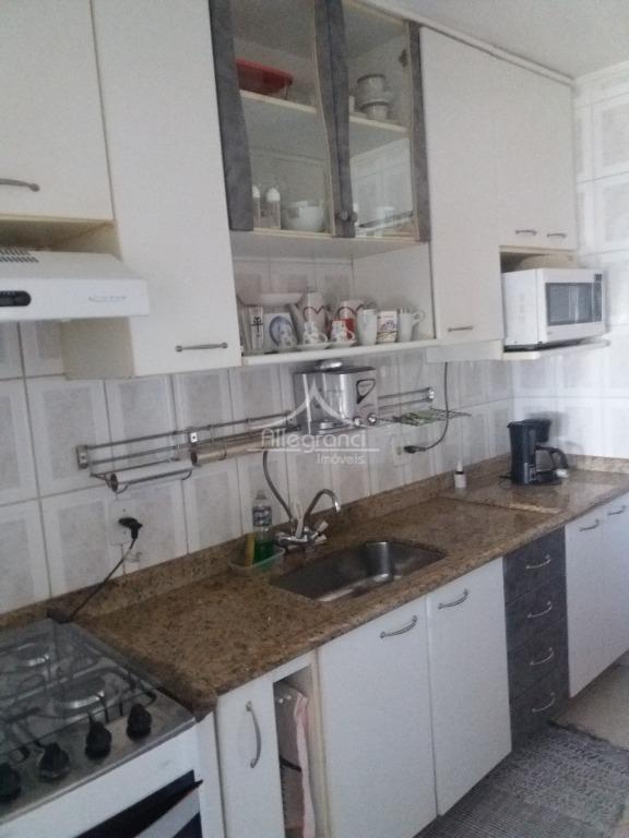 apartamento no belémsala 2 ambientes com sacadinha3 dormitórios1 banheirocozinhaárea de serviço1 vaga lazer com churrasqueira, playground...