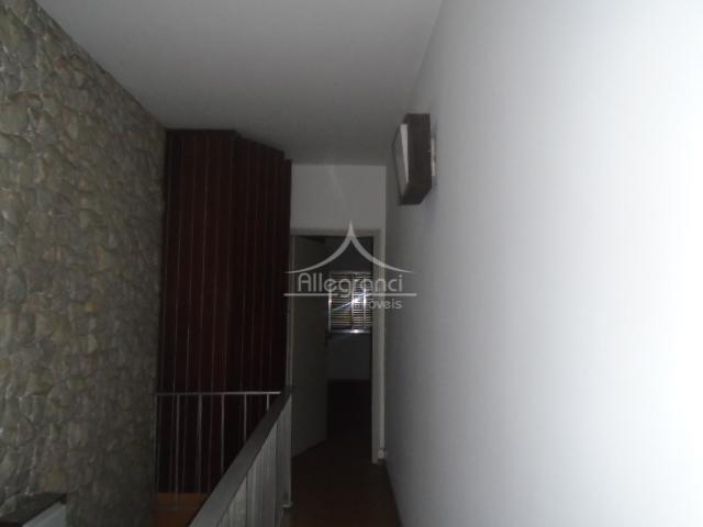 casa com 280 metros construídos, 3 dormitórios com 1 suite, sala, lavabo, copa, cozinha, banheiro, salão,...