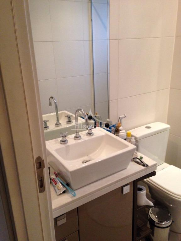 apartamento de 179 metros com 3 dormitórios,sendo 2 suítes,sala ampla,cozinha,3 banheiros e 1 lavabo,sacada gourmet,3 vagas...