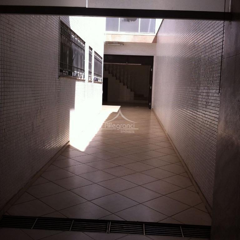 linda casa!!!casa com dois pavimentos com acabamento refinado!!* piso inferior: 5 salas, 2 banheiros, copa, cozinha,...