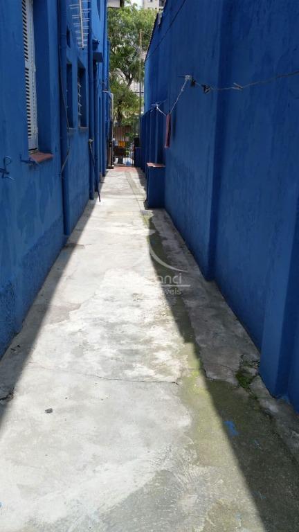 casa  de vila 2 dormitórios, sala, cozinha, wc , sem vaga de garagem,próximo ao shopping boulevard