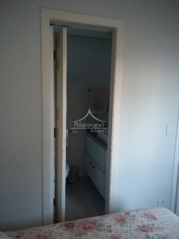 locação.apto, 80 m², 3 dorm ( sala ampliada, ficou com 2 dorm )1 suite.possui móveis na...