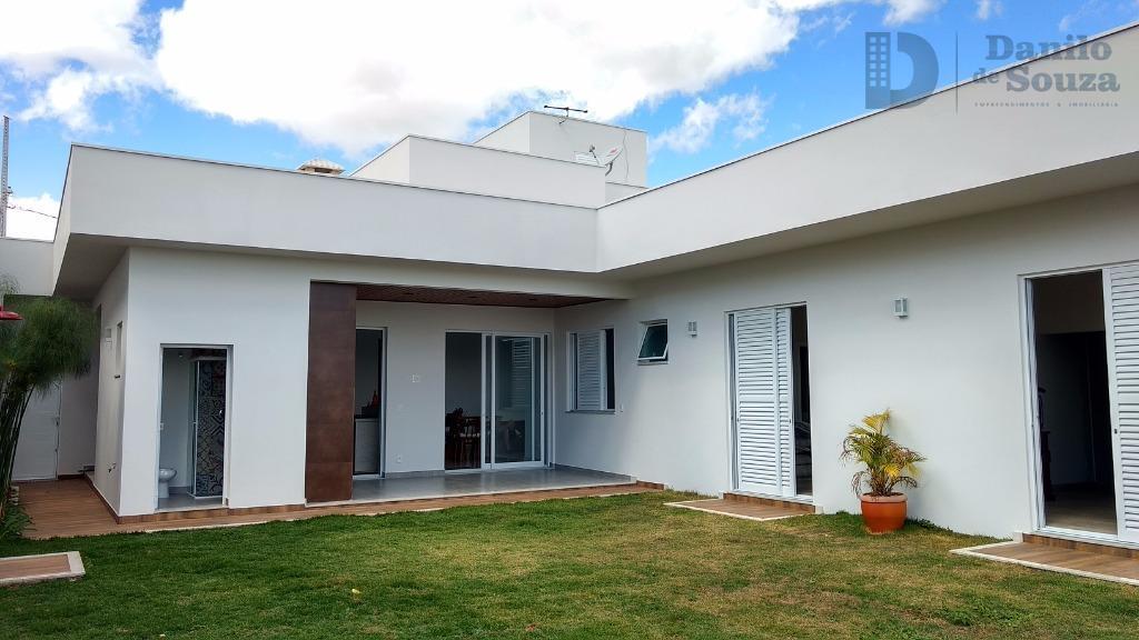 Casa à venda, Condominio Quintas do Lago, Araxá.