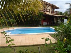 Casa Ampla - 1000m² área privativa - 5/4 com ar - Piscina - Espaço gourmet a 200 metros do mar