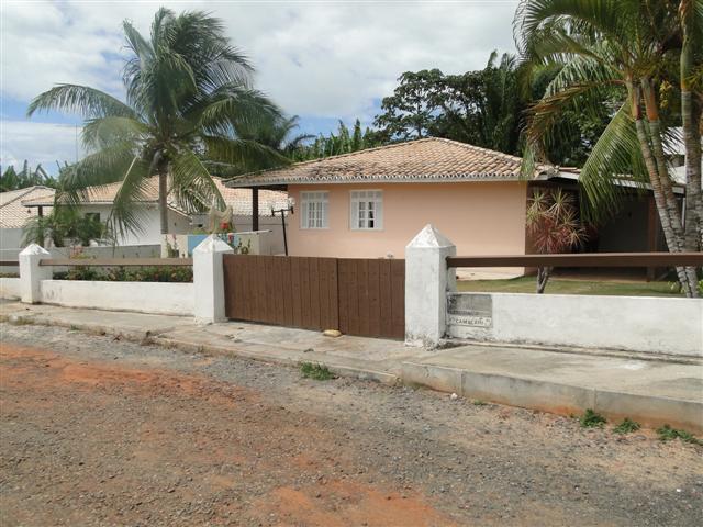 Aluguel Anual - Casa Térrea com 3/4(02 suites) - Mobiliada - Piscina - Condominio Água