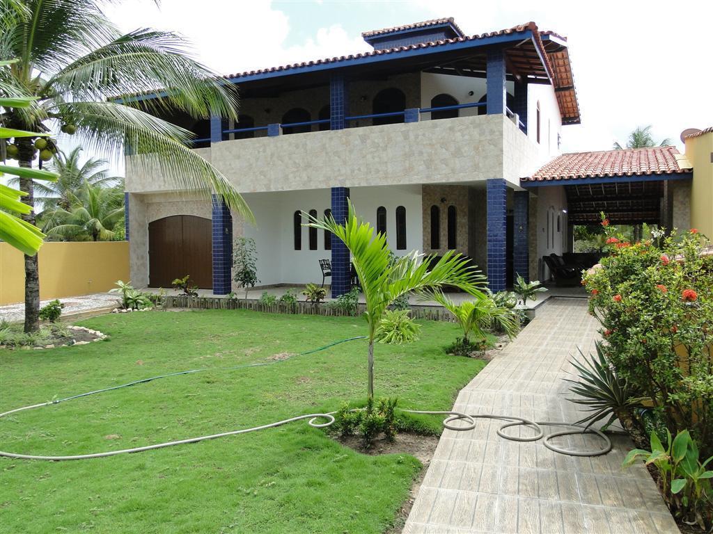Guarajuba - Casa Beira Lago 7/4 sendo 04 suítes