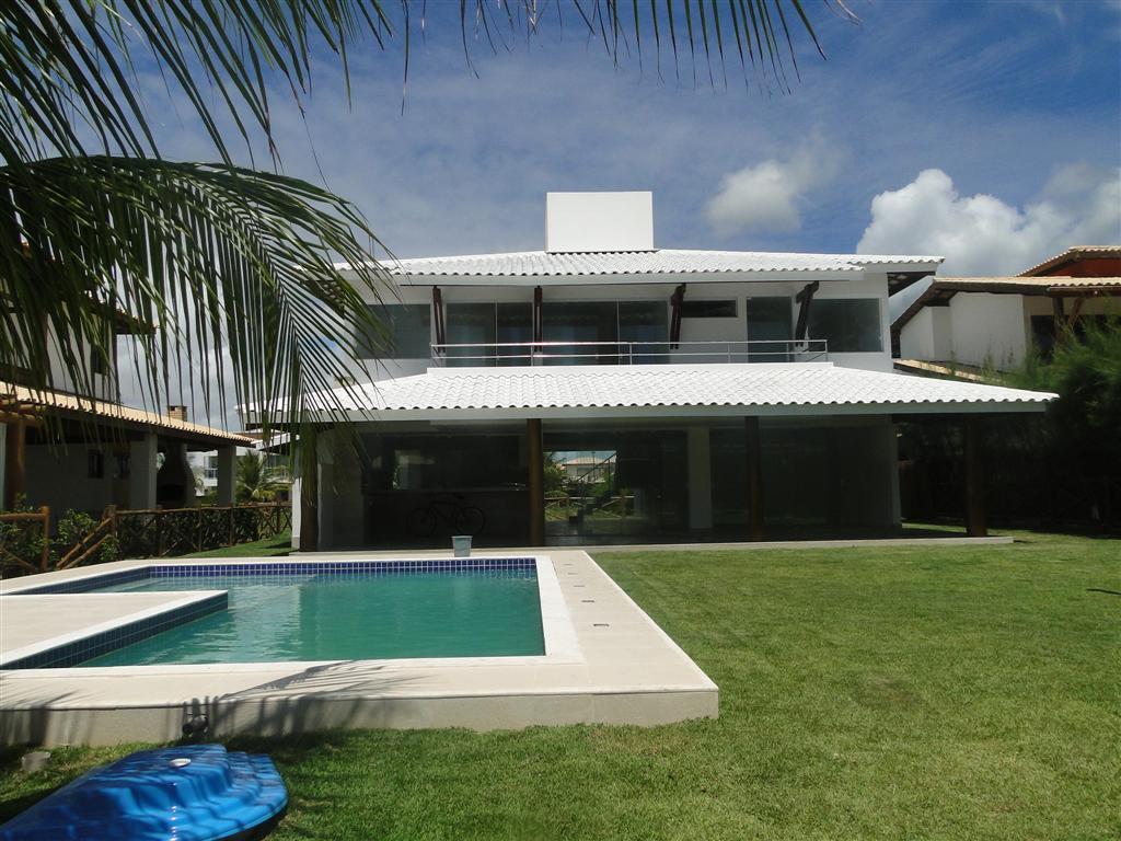 Guarajuba - Casa Nova - Alto padrão - 5/4 suites - Piscina e churrasqueira - Condominio Frente mar