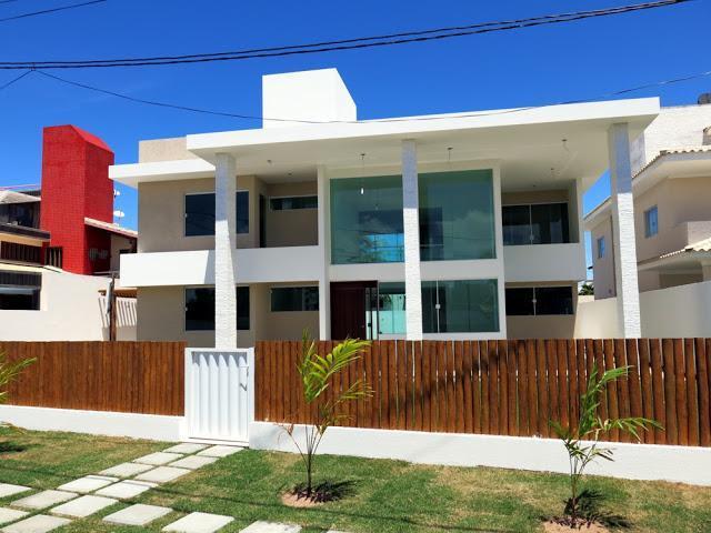 Guarajuba - Casa Nova - Alto Padrão - Excelente acabamento - 5 Suites com piscina