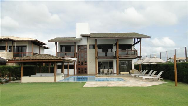 Guarajuba - Alto padrão - Frente mar - 5 suites com ar - Piscina