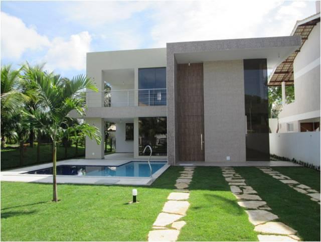 Casa a Venda - Praia de Guarajuba - Casa Nova - Alto Padrão - 4 Suites com piscina - A 200 metros do mar - Excelente Localização
