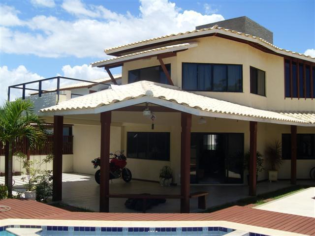 Guarajuba - Alto padrão - Condominio com excelente infra estrutura - Casa 4/4 Ampla com piscina e churrasqueira