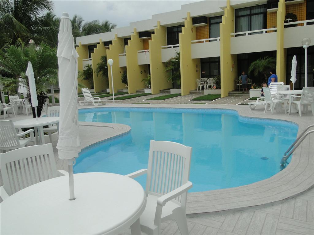 Apartamento Frente Mar, 2/4 em Guarajuba