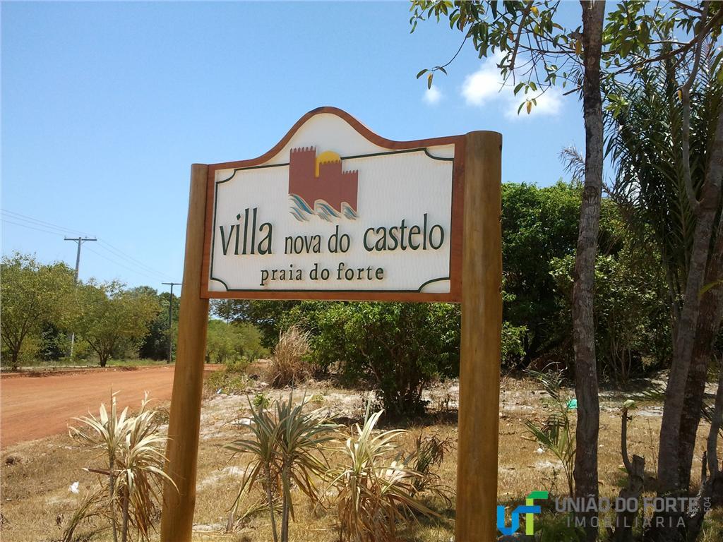 localizado à 2.8 metros da vila de praia do forte, na estrada do castelo garcia d`ávila....