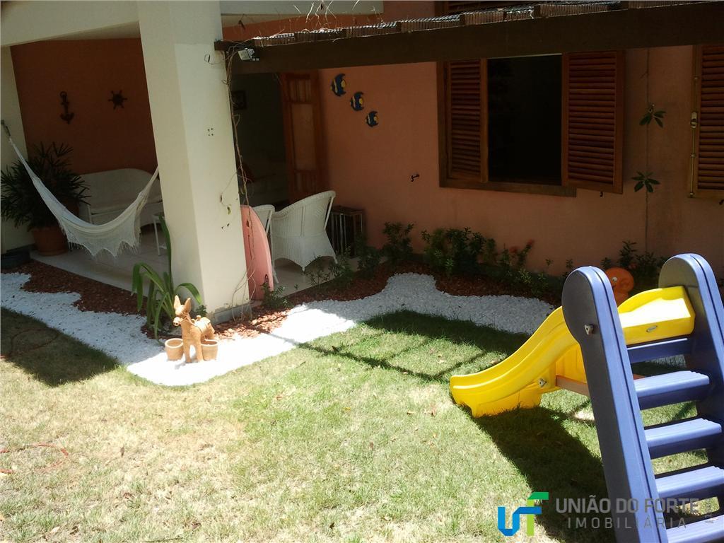 Apartamento residencial à venda, Praia do Forte, Mata de São João - AP0001.