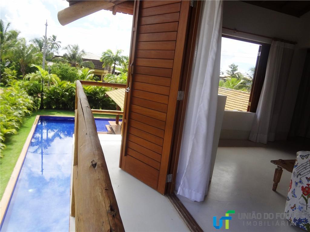 linda e confortável casa em praia do forte-ba. costa dos coqueirosárea de lazer com espaço gourmet...