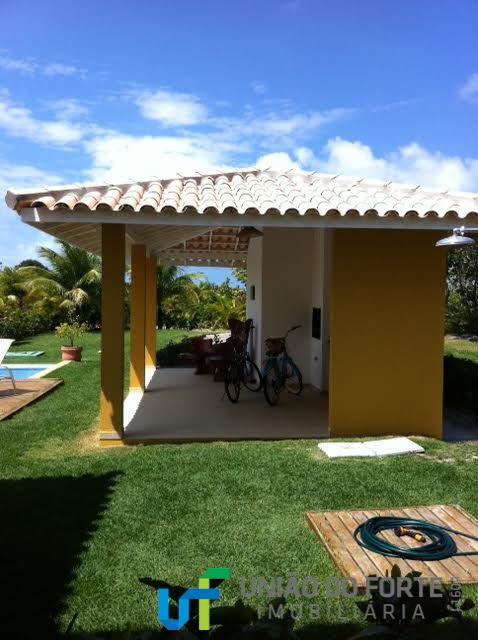 conforto e luxo em um só lugar!!!linda casa 05 dormitórios sendo 04 suítes, localizada dentro do...