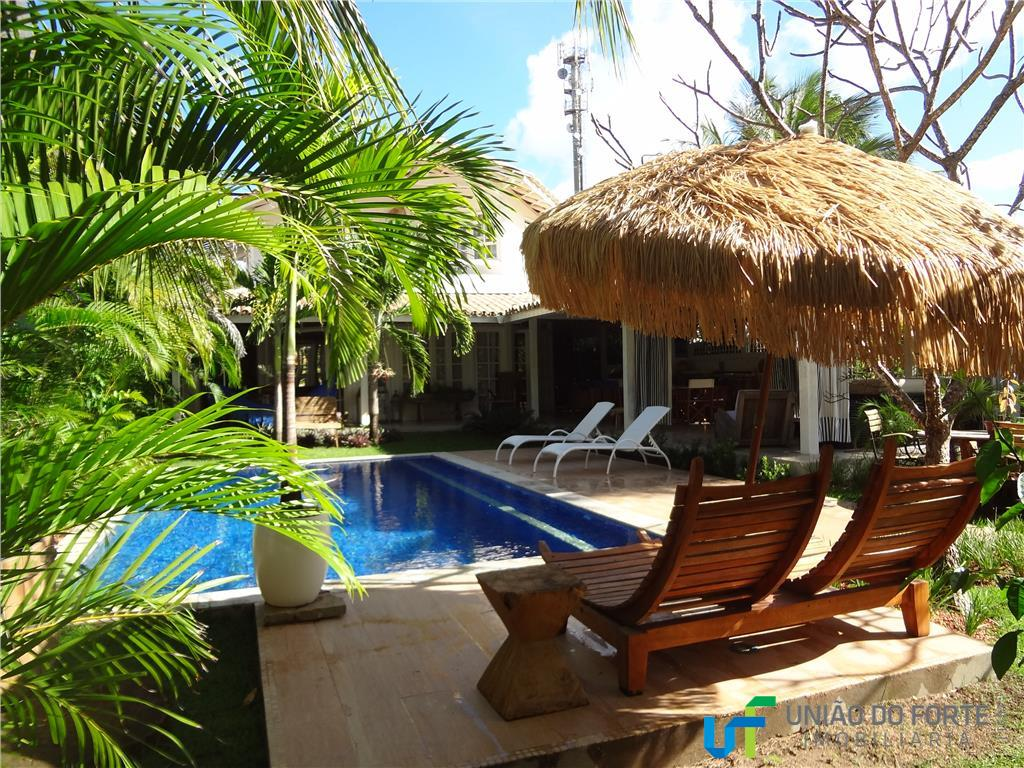 Casa  residencial com 4 suítes em Praia do Forte - Locação anual