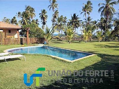 casa de 4 suites, com piscina, praia.a casa está em local privilegiado da praia do forte:...