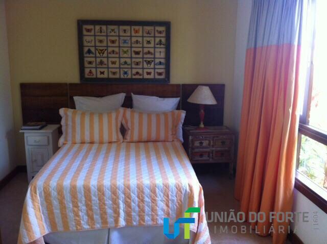 linda casa em imbassay, condomínio vale das orquídeas.com 4 suítes amplas, sala, cozinha área de serviço...