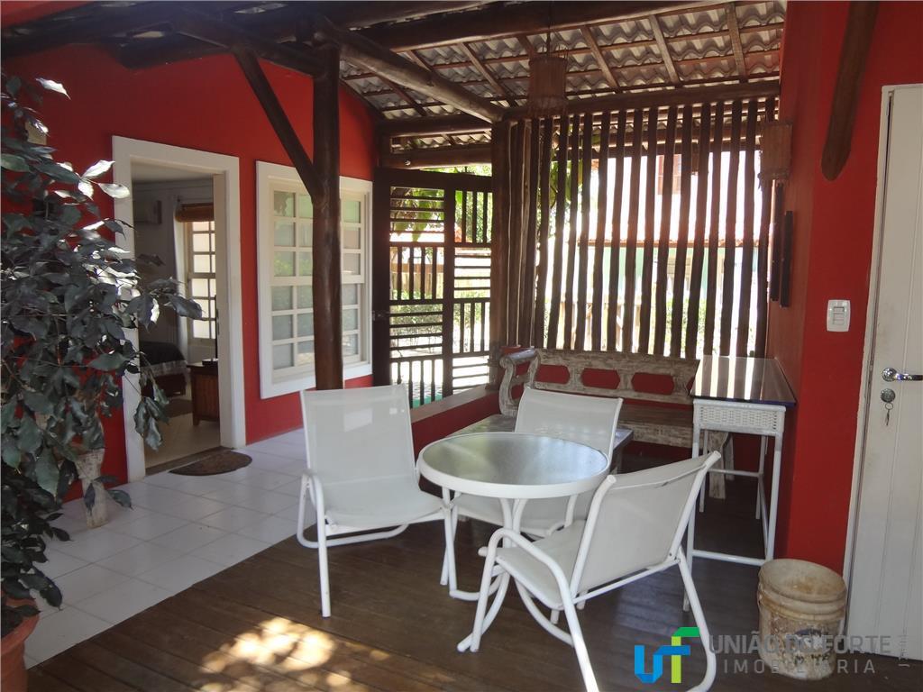 Apartamento residencial à venda, Praia do Forte, Mata de São João - AP0063.