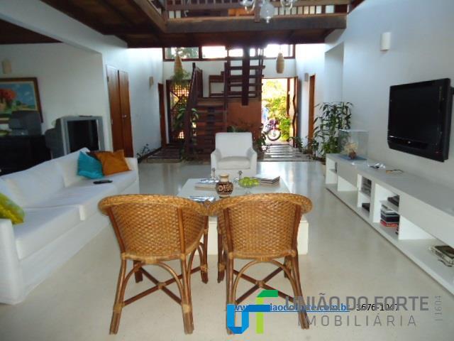 casa, mobiliada, em condomínio fechado, com 05 suítes, climatizadas , dependência, sala grande, varandas, cozinha, lavabo,...