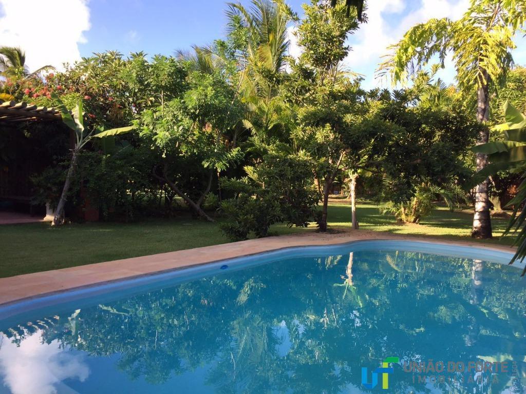 casa com 4 suítes, piscina privativa, condomínio fechado.em praia do forte.condomínio beira mar, com portaria e...